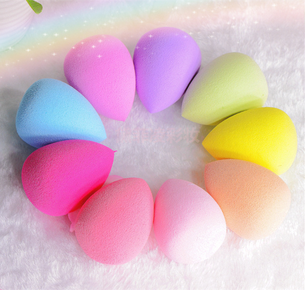 Rainbow Raindrops Type Non-Latex Makeup Sponge/Cute Owder Puff