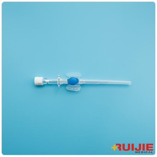 IV Catheter/Cannula with Injection Port