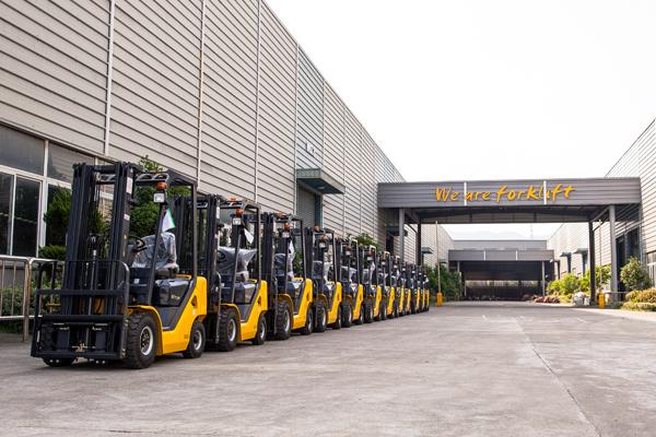 4-Wheel Battery Forklift 3.5T