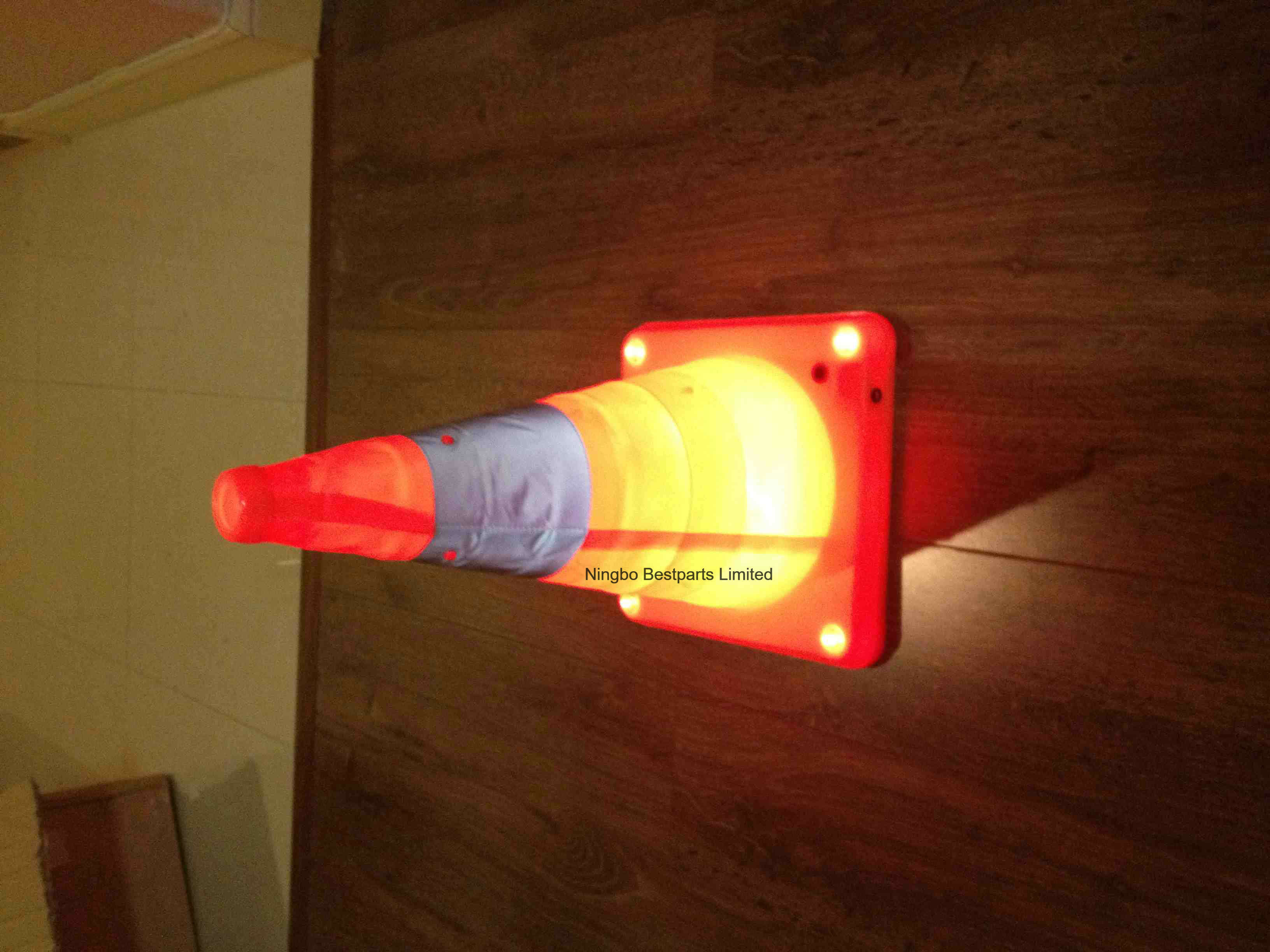 Rechargeable 4W LED Strobe Warning Safety Light