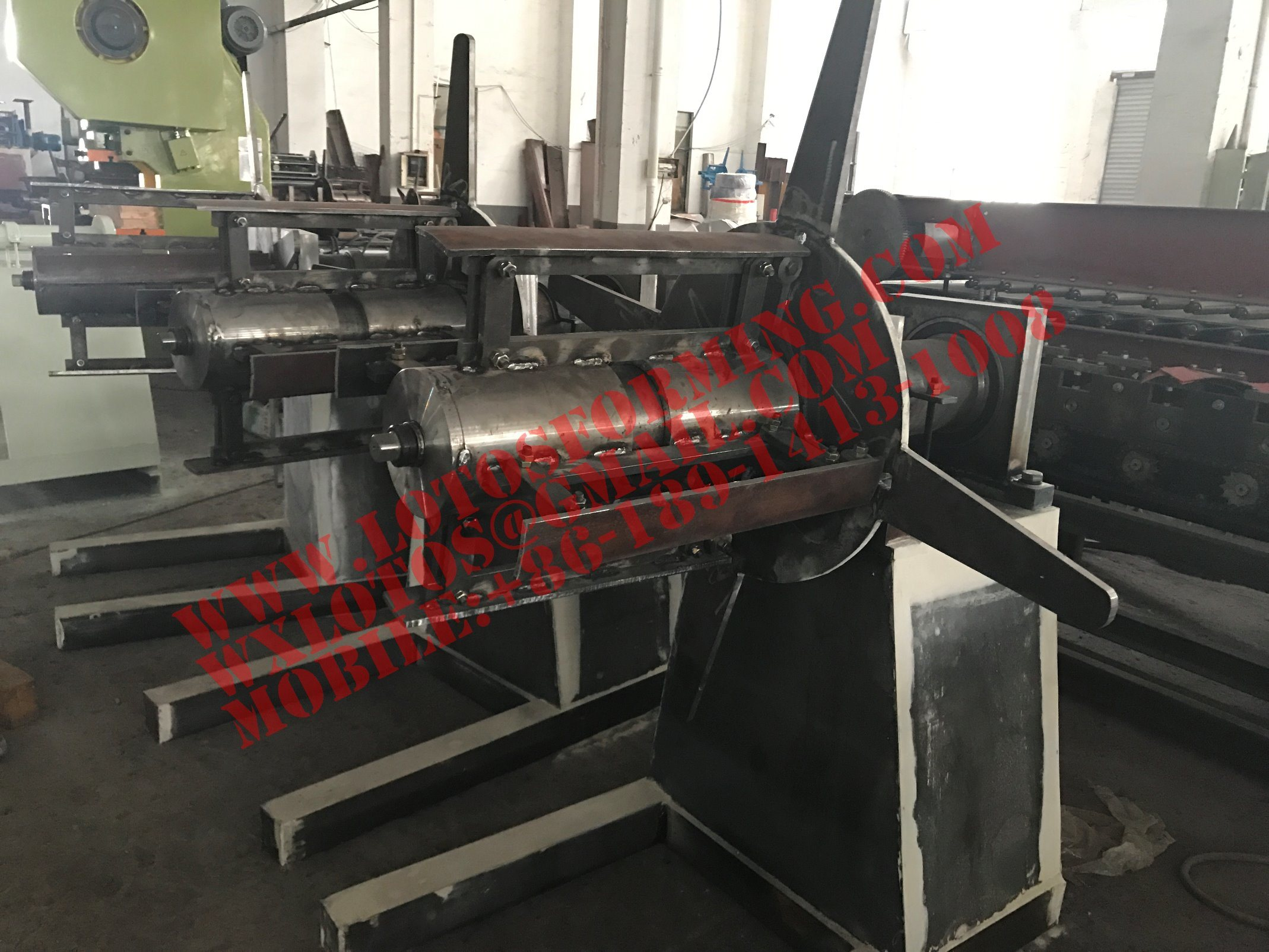 Hydraulic New Type Decoiler Machine with Ce Certification