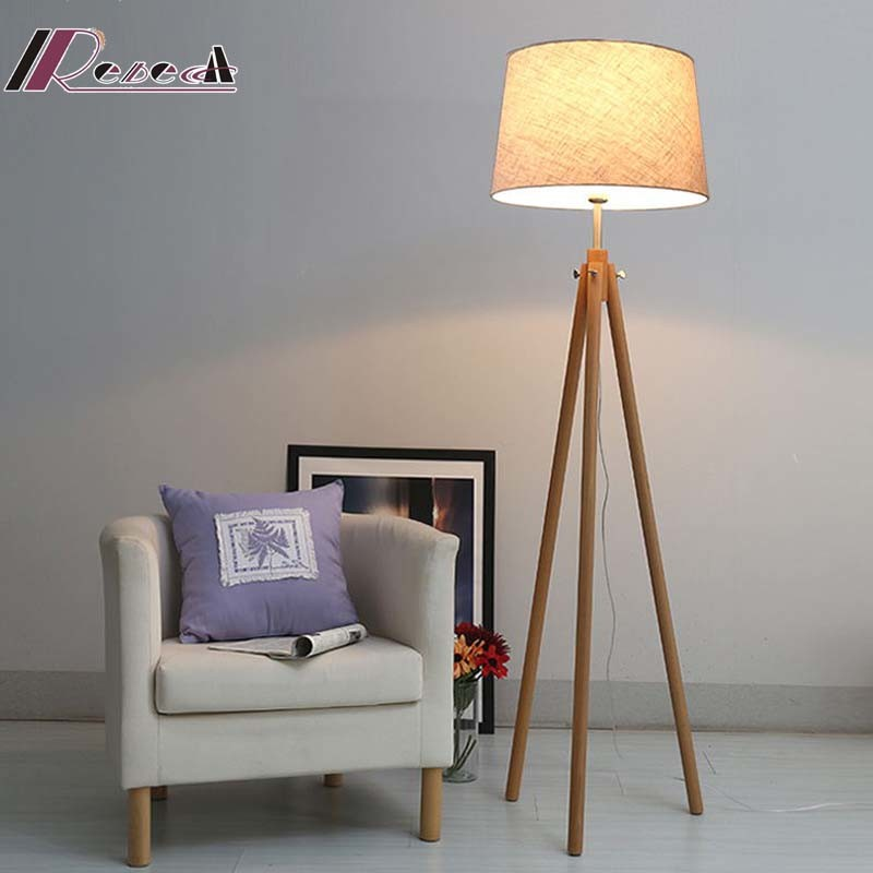 Hotel Decorative Fabric Shade Standing Floor Lamp with Wooden Legs
