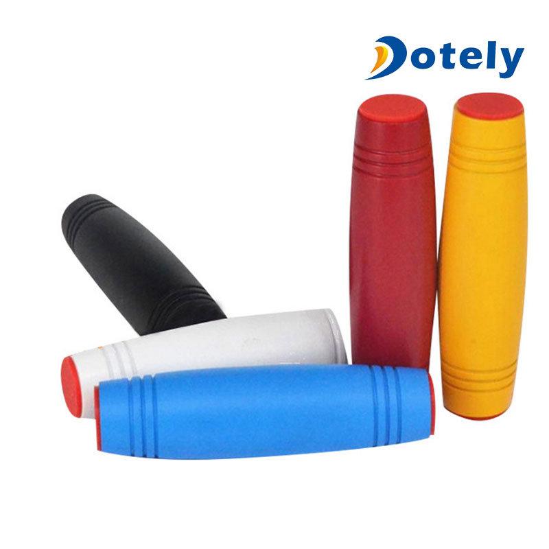 Mokuru Finger Wood Desktop Roll Flip Toy