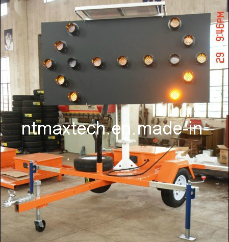 Trailer Mounting Flashing Traffic Arrow Board Sign Auto Dimming Energy Saving