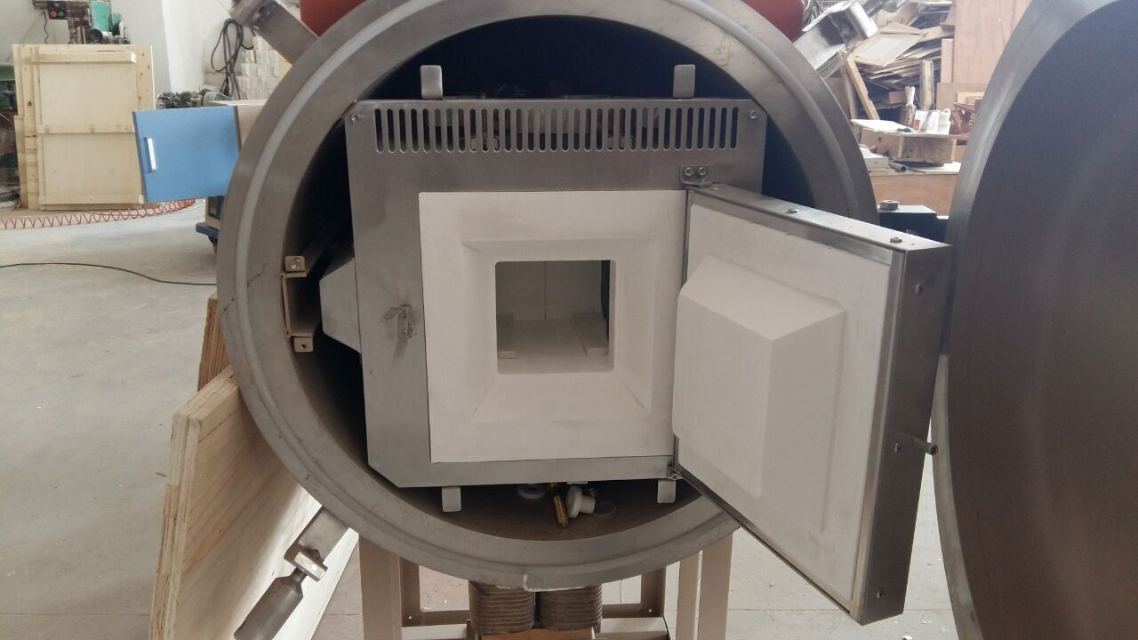 High Temperture Vacuum Furnace Controlled by Panel