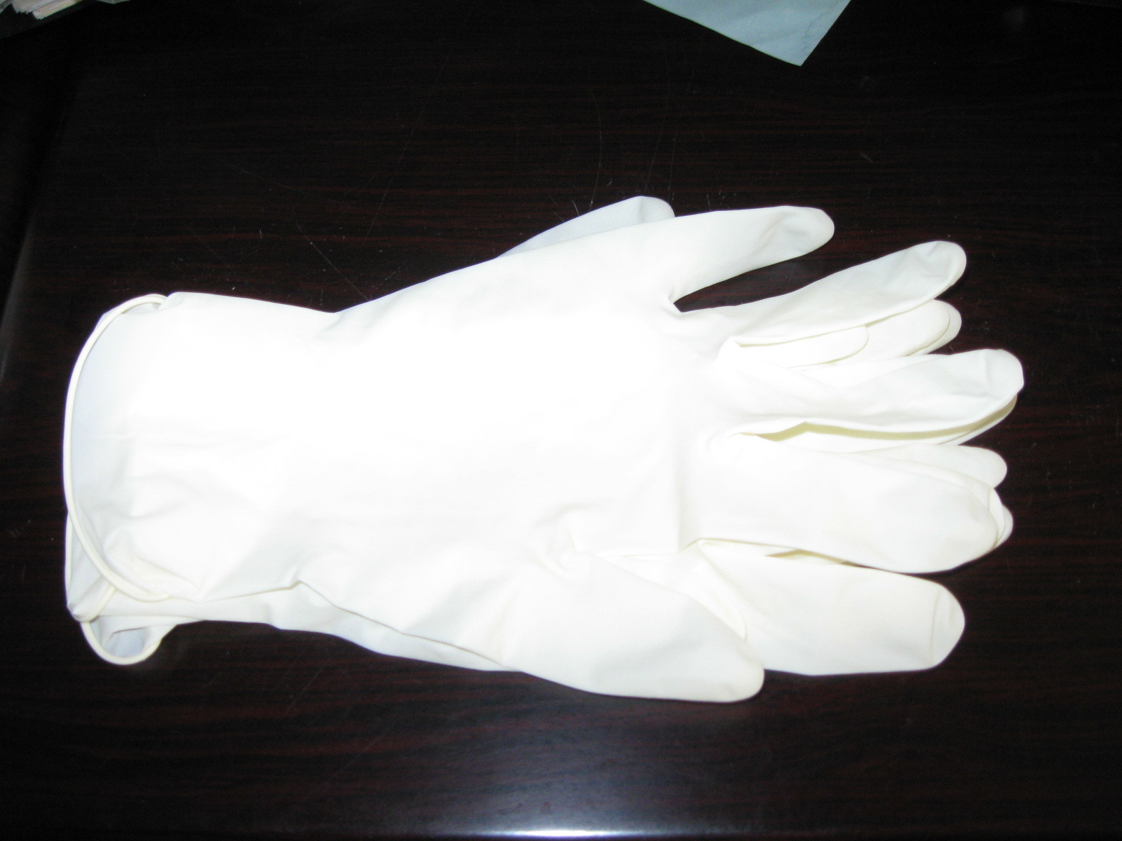 Top Cheaper Stock for Latex Examination Gloves 6.0gram Light Powder