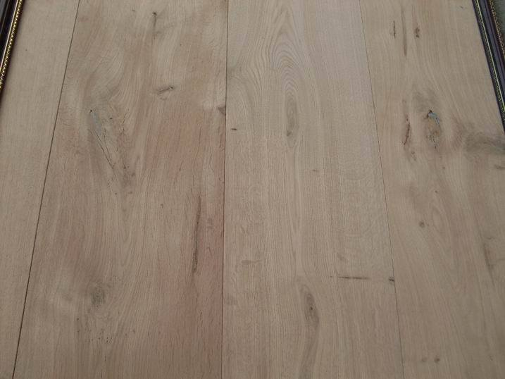 Engineered flooring use engineered flooring for Unfinished oak flooring