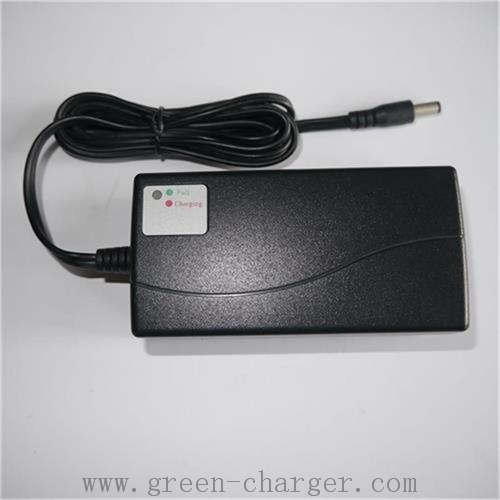 Smart Battery Charger for 7.2V~12V NiMH Battery