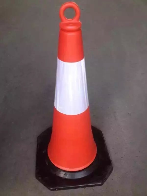 70cm PE Traffic Cone with Ring on The Top
