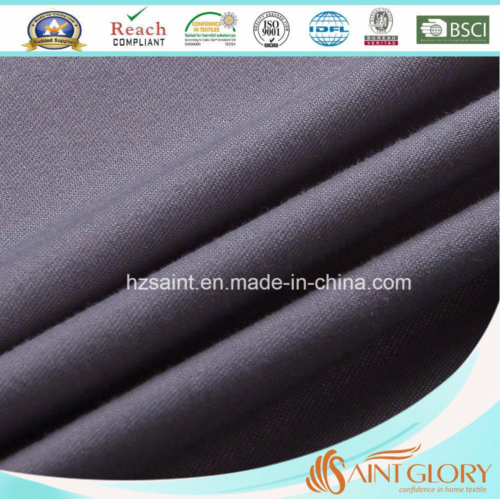 Solid Color Polyester Filled Duvet Down Alternative Quilt