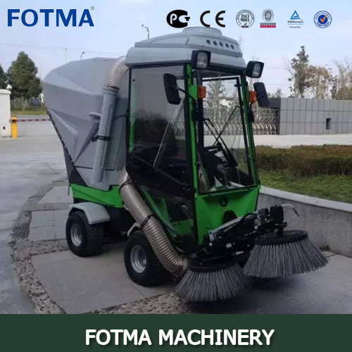 4 Wheel Diesel Multi Function Outdoor Sweeping Vehicle