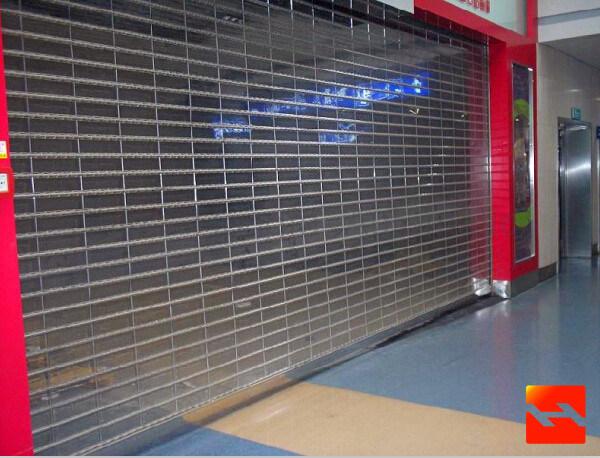 China Polycarbonate Roller Shutter Door / Super Market Crystal Rolling Doors - China Crystal Rolling Shutter Fast Rolling Door & China Polycarbonate Roller Shutter Door / Super Market Crystal ... pezcame.com