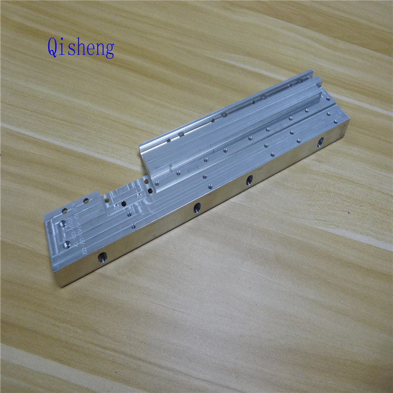 Precision Aluminum Machining Services CNC Machine Hardware Service in China