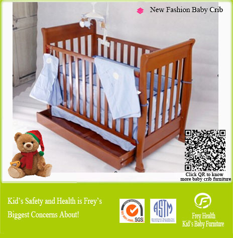 Solid Wood Baby Furniture of Baby Cot/Bed