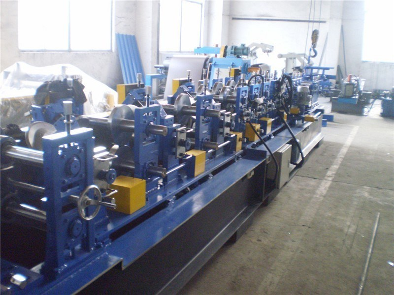 Cee/Zee Purlin Interchangeable Roll Forming Machine