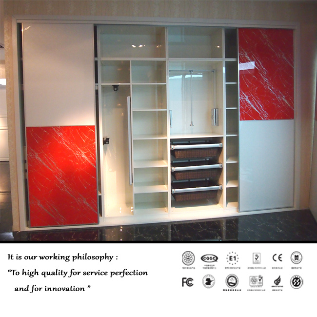 Modern New High Glossy UV Sliding Door Wardrobe (ZH0002)