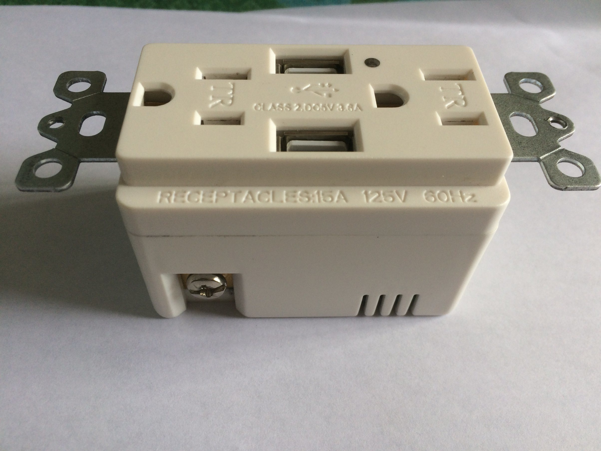 USB Receptalce with Two USB Ports UL/cUL