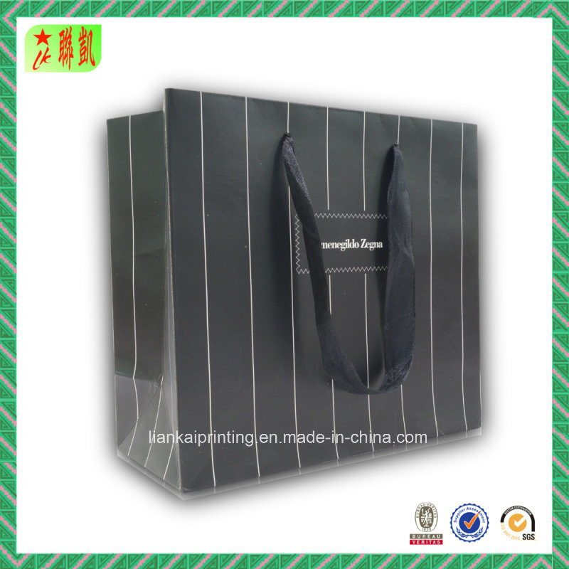 Striped Style Paper Handbags for Packaging