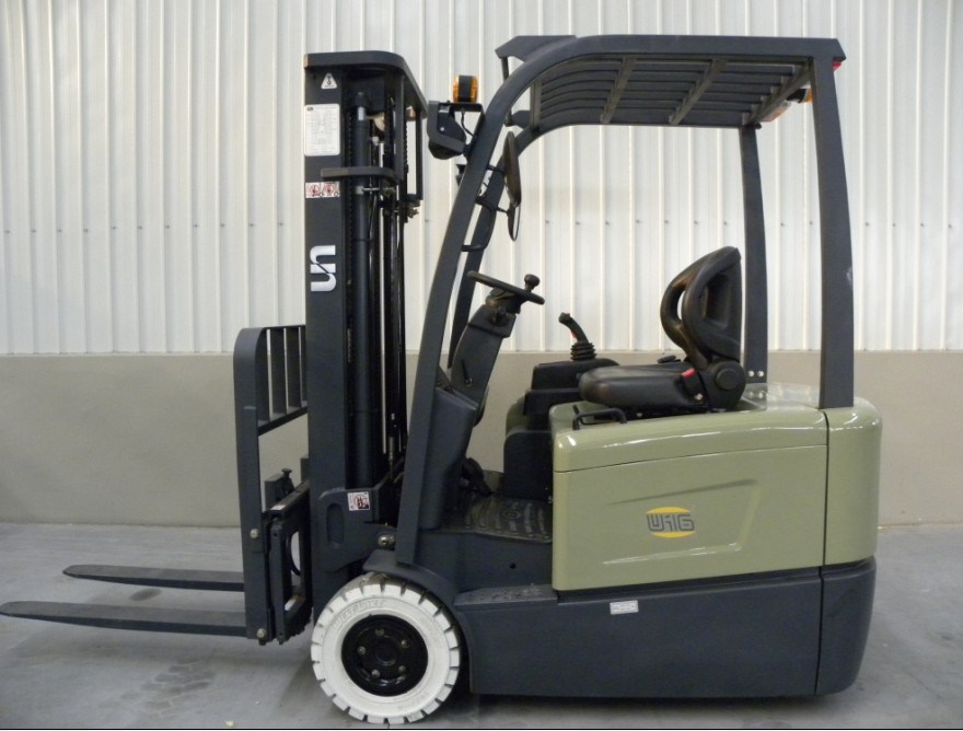 Un 3-Wheel 1.8t 1800kg Electric Forklift (FBT18-AZ1)