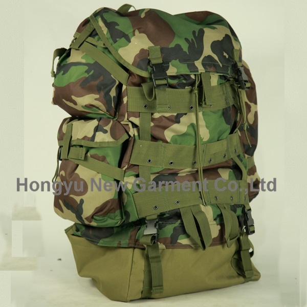 Camouflage G. I. Plus Cfp-90 Combat Backpack