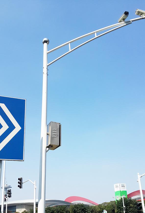 Galvanized Steel Traffic Signals Traffic Light Pole