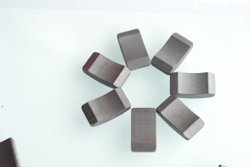Ferrite Magnet for Motorcycle ACG (JC-Y3932, JC-Y4127, JC-Y4231)