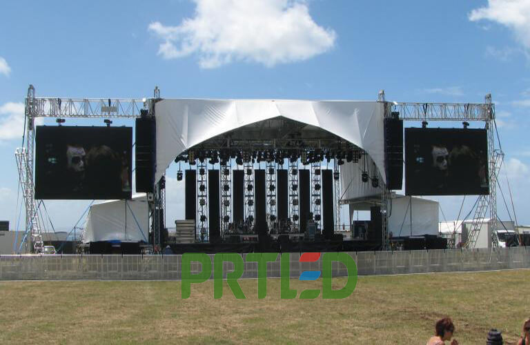 High Resolution Outdoor P4 Rental LED Video Display (512*512mm Panels)