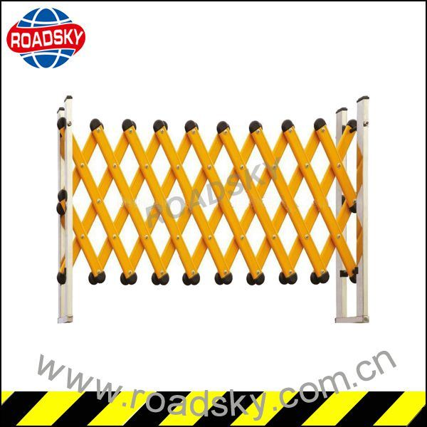 Portable Road Safety Traffic Plastic Folding Barrier for Sale