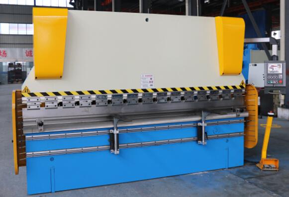 Hydraulic Press Brake Wc67y 63/2500