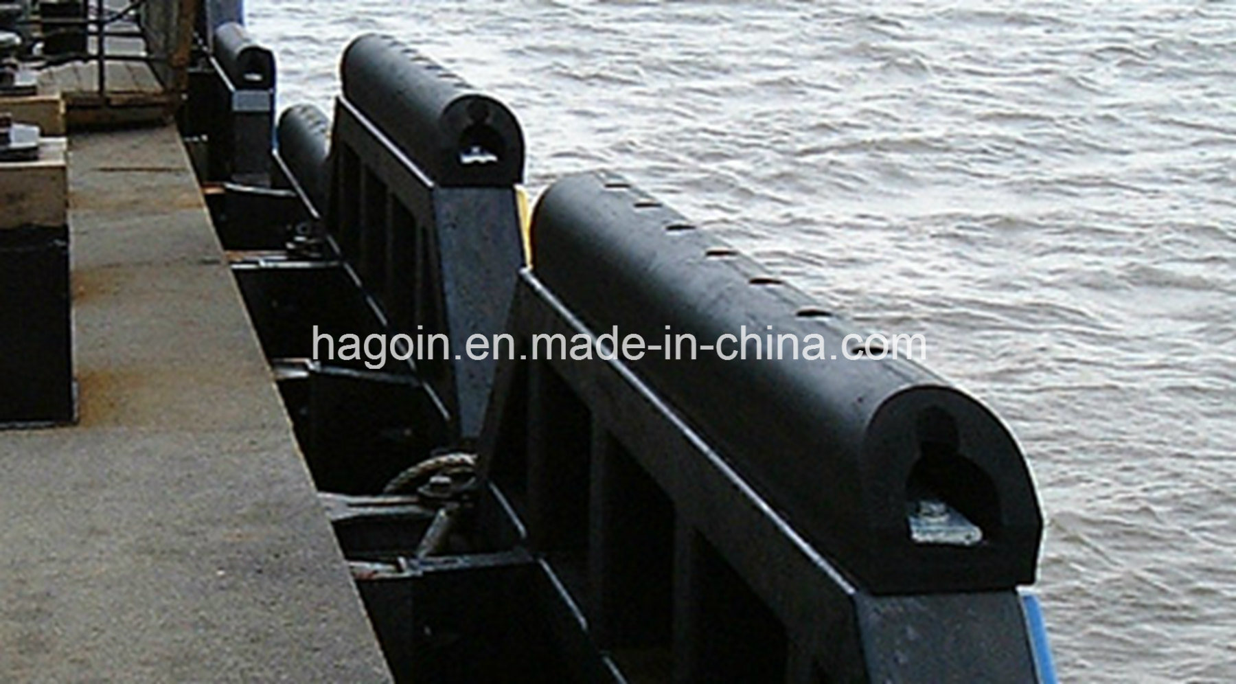 Qingdao Customized D Rubber Fender