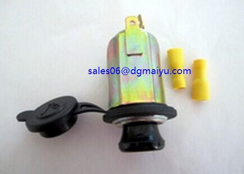 12V Outdoor Car Cigarette Lighter Socket with Retainer