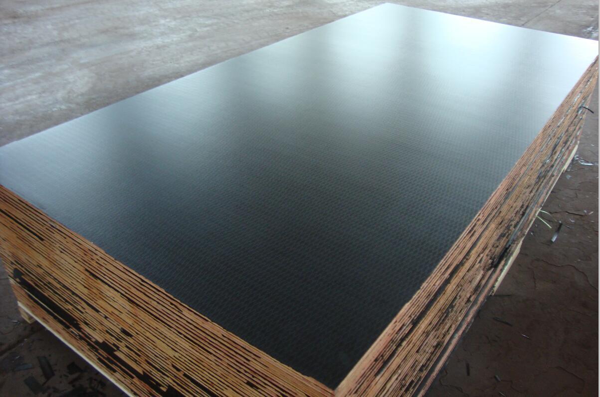 Diamond Anti-Slip Birch-Combi Plywood for Construction/Decoration