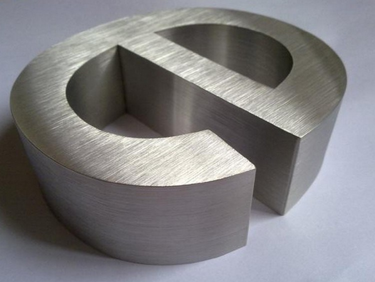 Non-Illuminated Brushed Polished Painted Metal Stainless Steel Advertising Welding Edge Letter Sign
