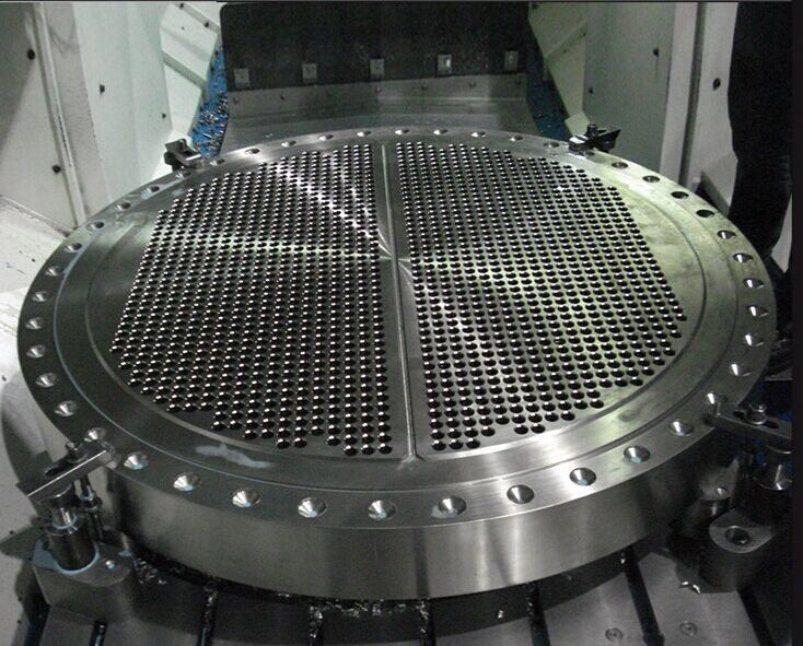 SA516 Cr. 70+ Sb-171 C70600 Explosion Clad Steel Tube-Sheet for Pressure Vessels