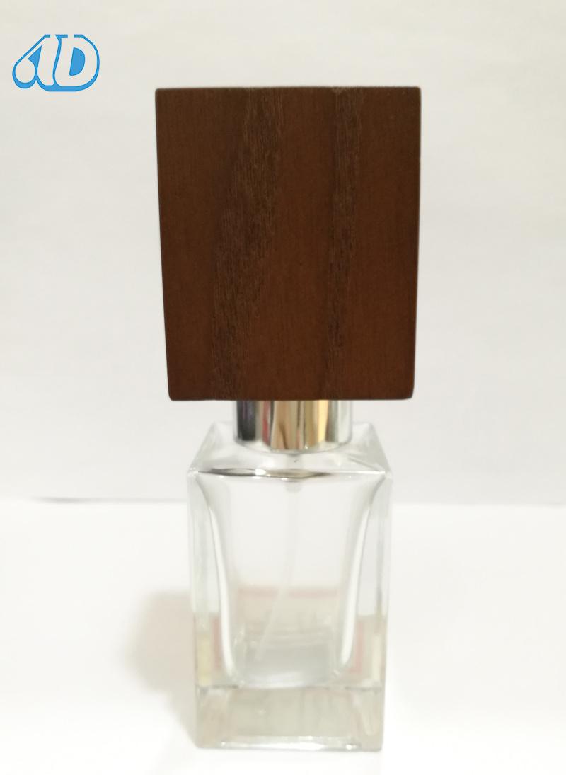 Ad-P457 Spray Perfume Glass Bottle Hand-Made Wooden Cap 30ml