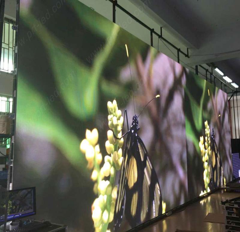 Hot Sale P4 Indoor Video Advertising LED Panel (512*512mm die-casting Aluminum)