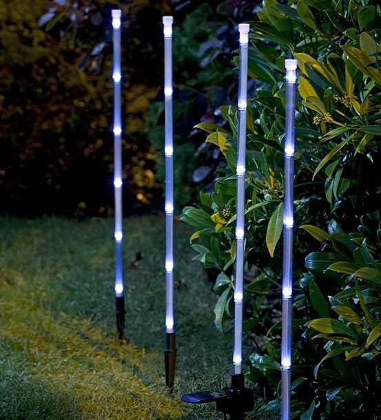 China Solar Bamboo Stick Christmas Light for Garden Decoration