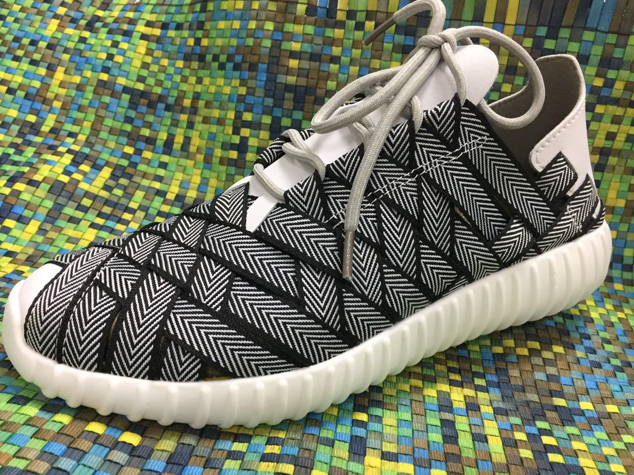 Casual Comfortable New Style Woven Shoes