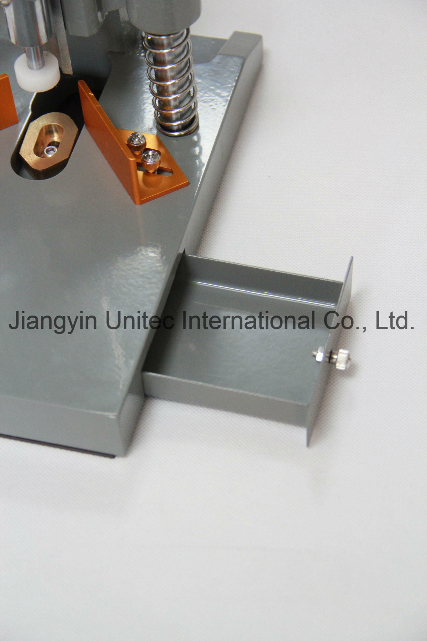 Qy20 Best Selling Desktop Office Manual Corner Cutting Machine
