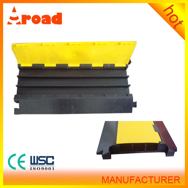 Direct-Manufacturer 3 Channels Rubber Cable Protector