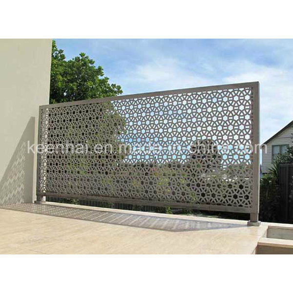 Metal Mesh Screen Panels : China perforated wire mesh metal sheet fence panel