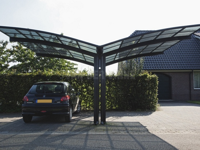 Flying New Style Carports Garages with Polycarbonate Roof