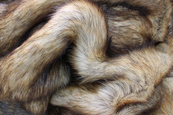 High Quality Plain Acrylic Fake Fur Fabric for Sale Faux Fox Fur Coat