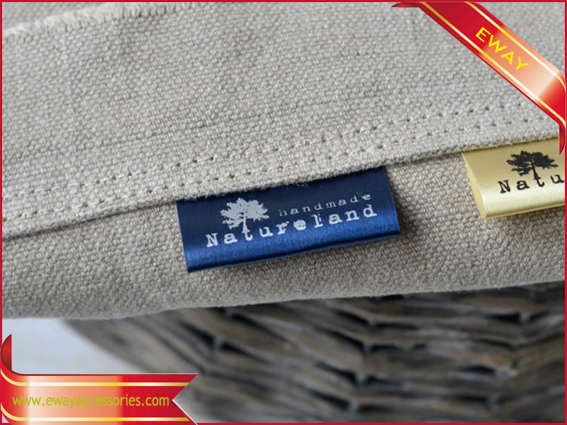 OEM Printed Satin Label Garment Printed Flag Label