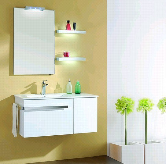 2016 Popular Pure White UV MDF Bathroom Cabinet (ZH023)