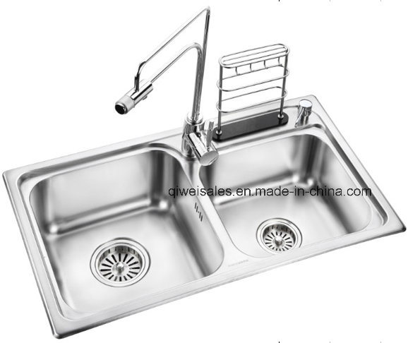 Stainless Steel Handmade Kitchen Sink with Soap Container (QW-108)