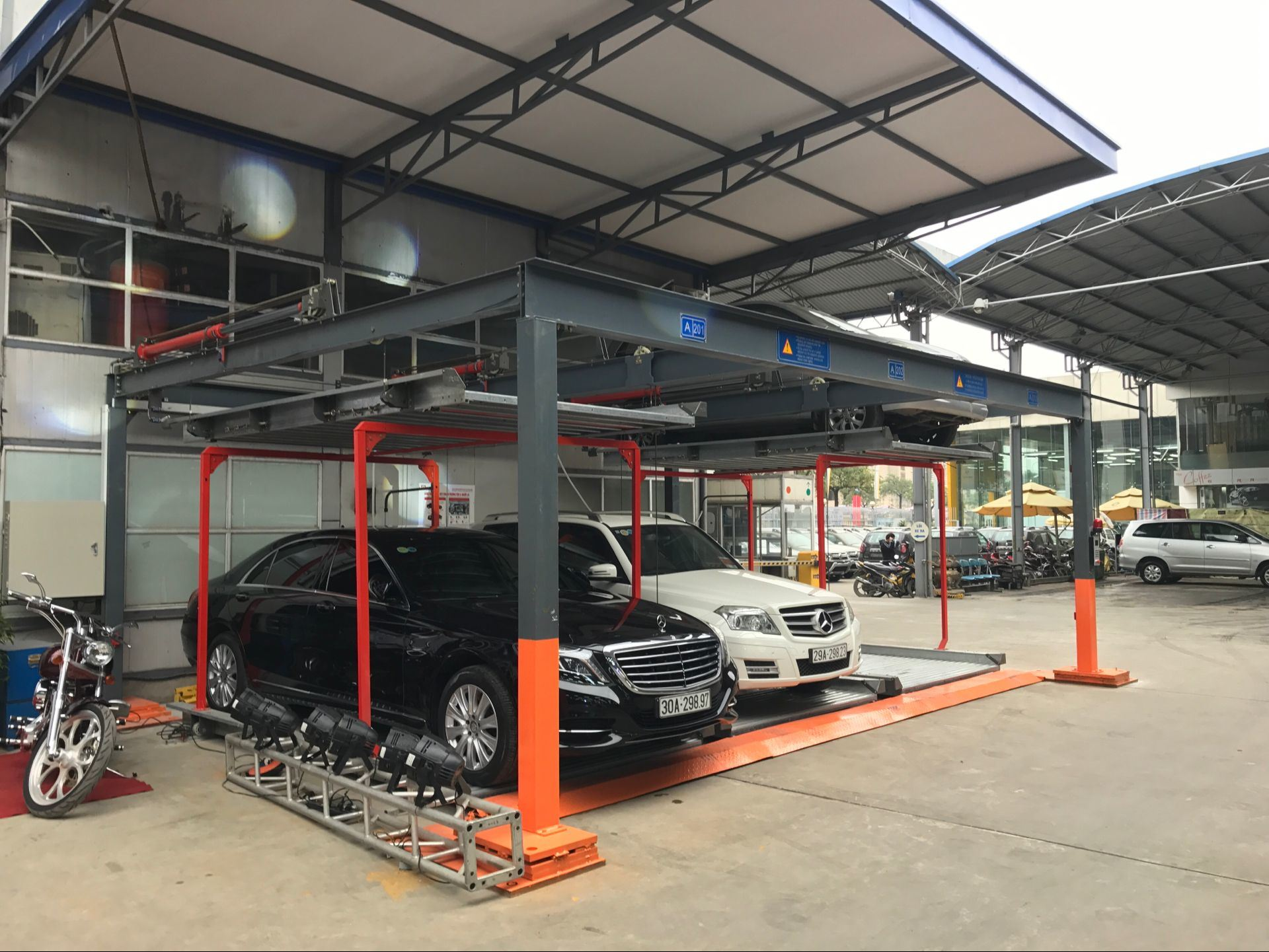 Mutrade Industrial Bdp Automated Carport Parking Solution