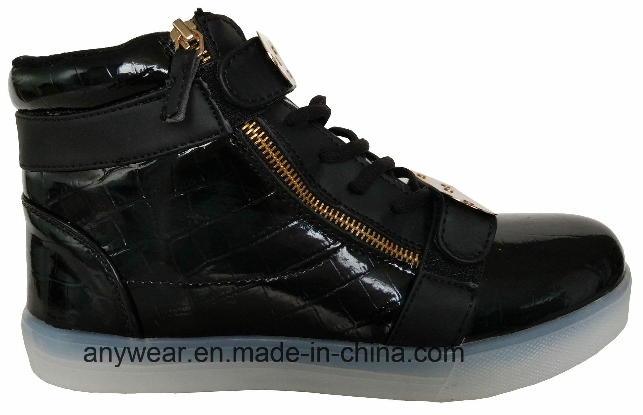 Athletic Footwear Skateboard LED Light Sports Shoes (816-6979)