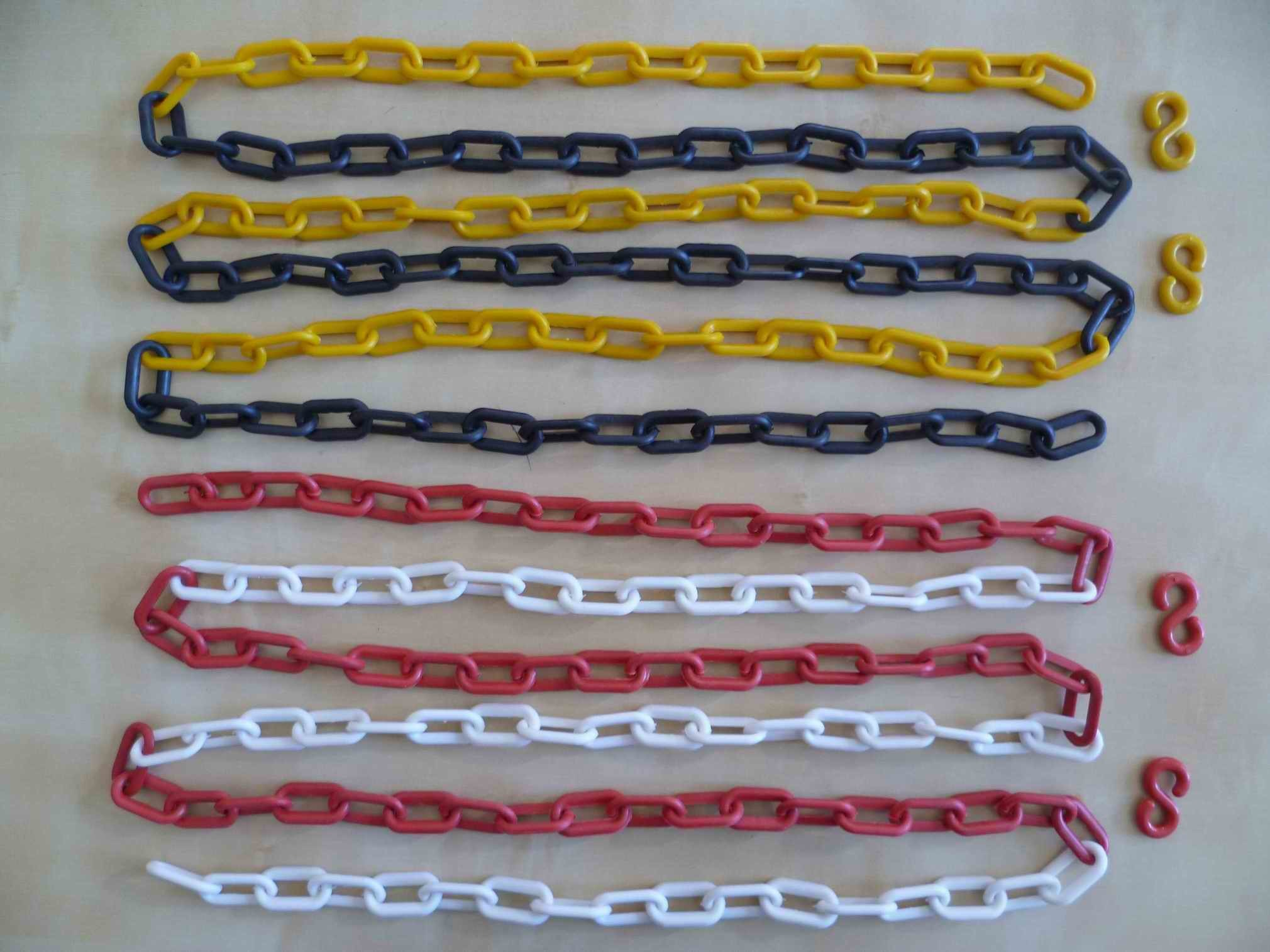 Plastic Chain Colour Chain