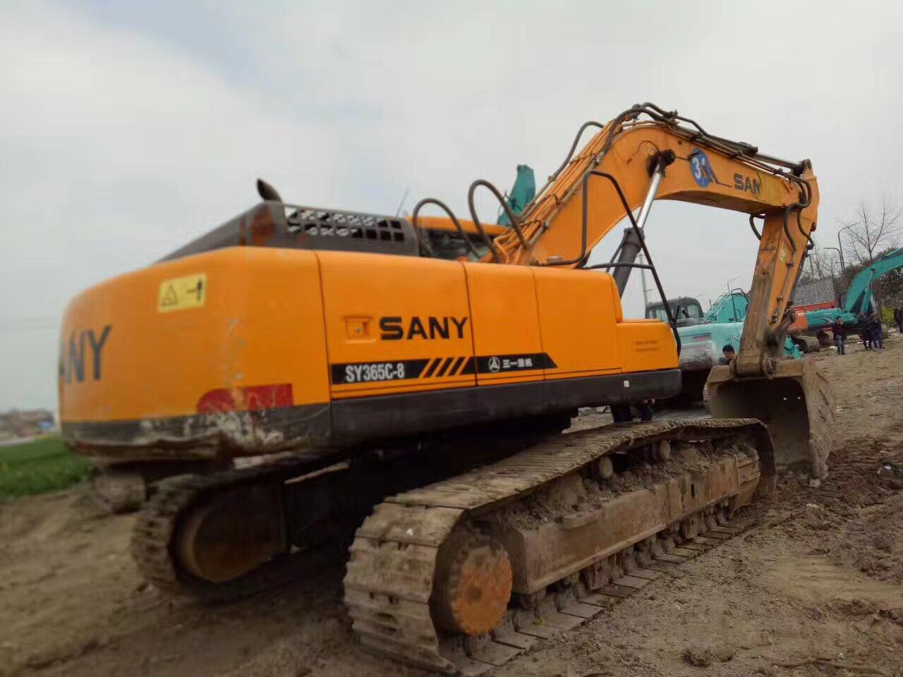 Cheap Used Excavator Sy365c-8 Crawler Excavator
